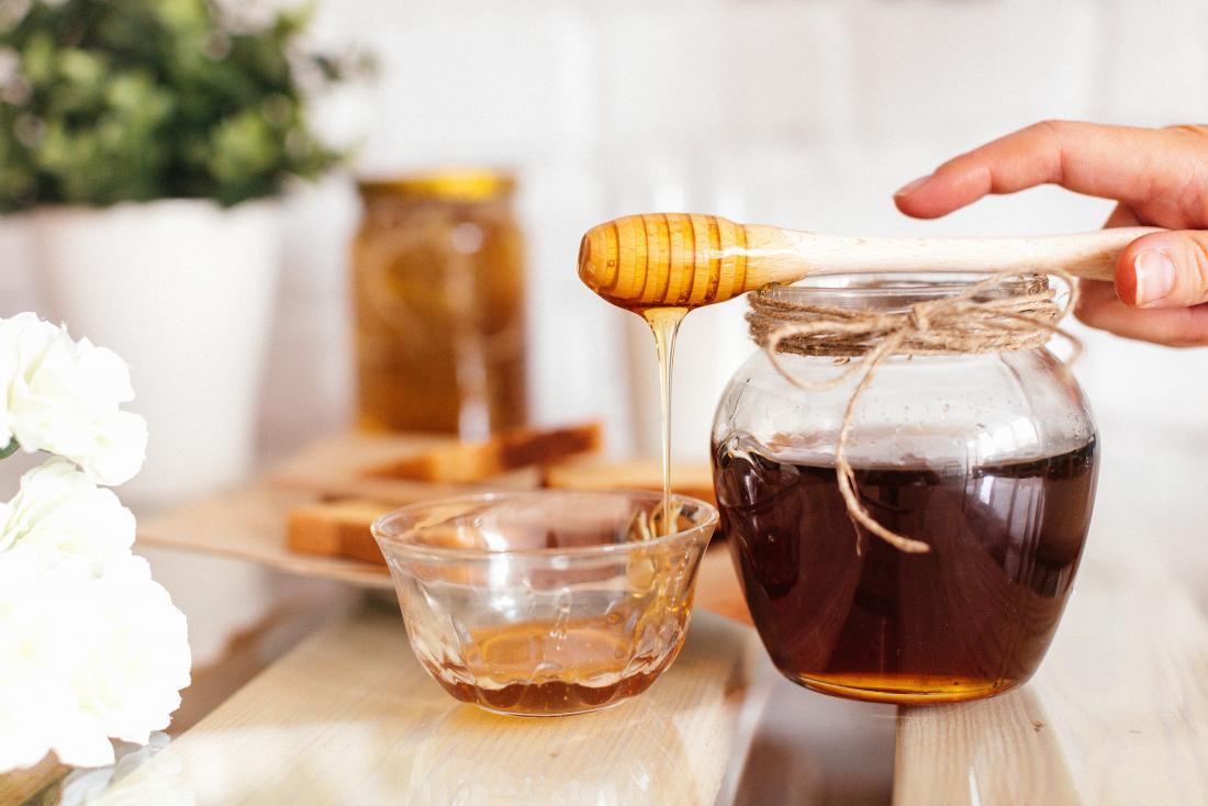 5 beneficios increíbles de la miel de abejas para tu salud